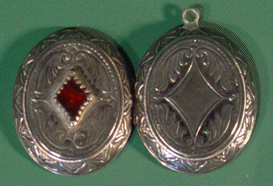 File:Pewter heart.jpg