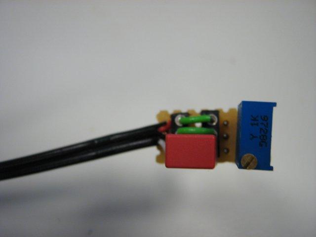 File:Phototransistor top.jpg