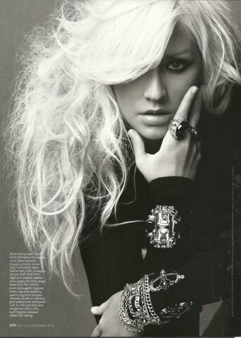 File:Christina Aguilera Instyle December 2010 (11).jpg