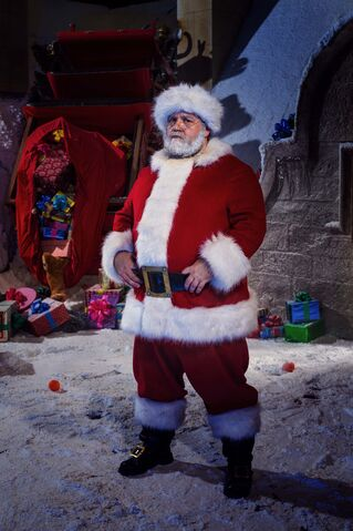 File:Doctor-who-christmas-nick-frost.jpg