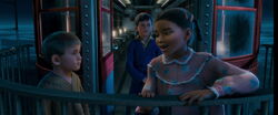 Polar-express-disneyscreencaps.com-5404