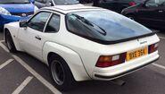 Porsche924-2
