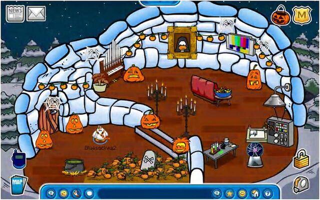 File:Halloween Igloo Oct 2008.jpg