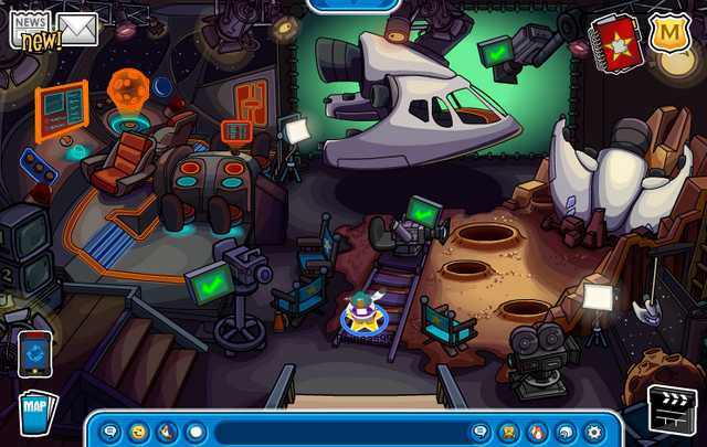 File:Return of the Space Squid Set (Hollywood Party 2013).png