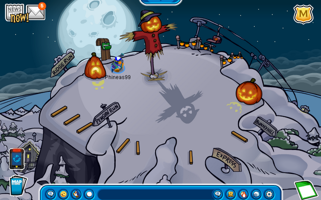 File:Ski Hill (Halloween Party 2012).png