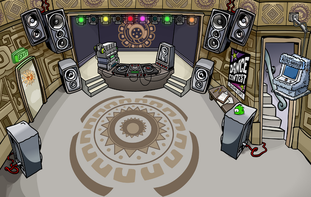 File:Winter Fiesta 2009 Night Club.png