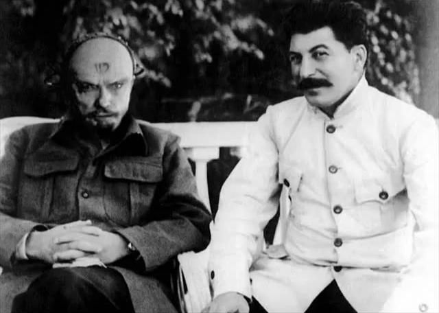 File:Yuri and Stalin.png