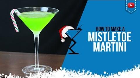 Christmas Cocktails - Mistletoe Martini - How to make Mistletoe Martini Cocktail Recipe (Popular)