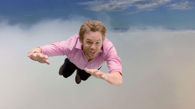 File:3x1 Jeff flying 1.jpg