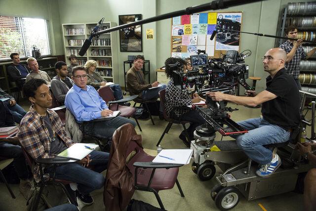 File:5x2 Behind the scenes photo 2.jpg