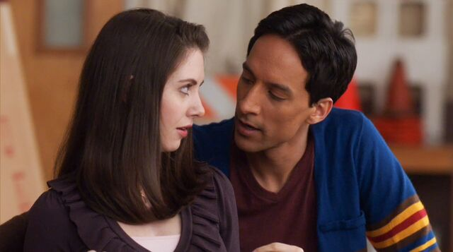 File:1x17 Annie and Abed4.jpg