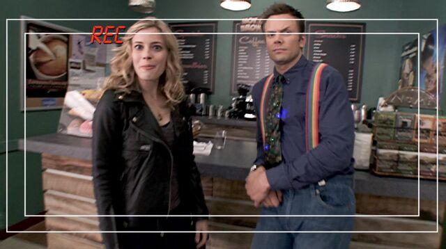 File:1x4 Hot & Brown.jpg