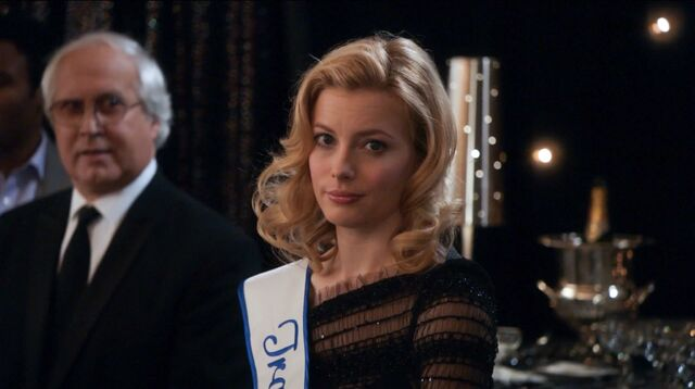 File:1x25 Jeff and Britta share a look2.jpg