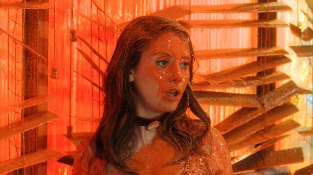 File:2x23 Annie after kiss1.jpg