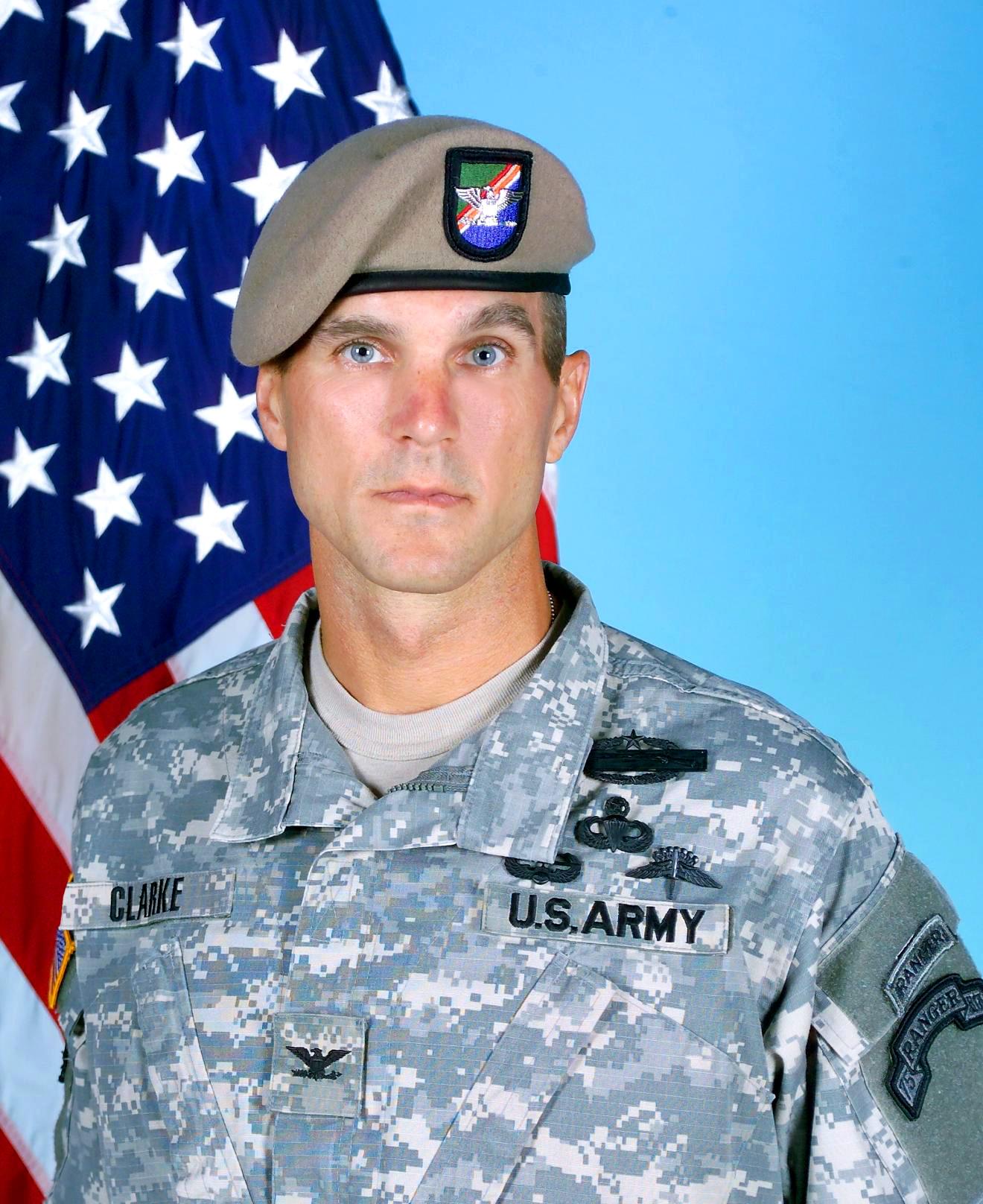 Трансы в армии 5 фотография