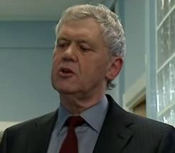 File:Consultant (Episode 6460).jpg