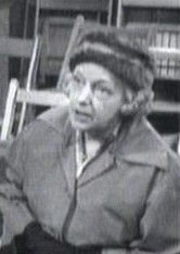 File:Old Woman 568.JPG