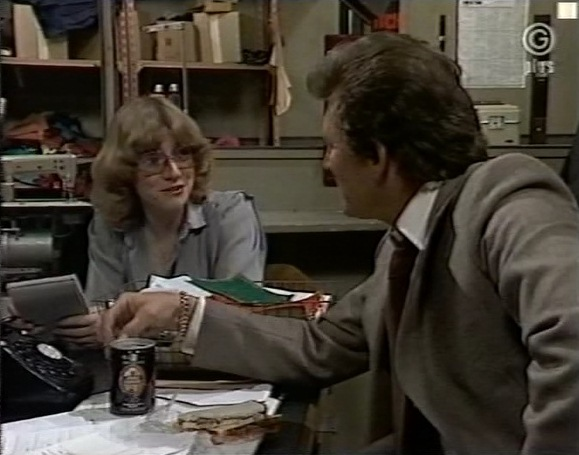 File:Episode 1995.jpg