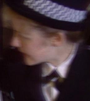 File:Policewoman 2894.jpg