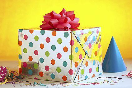 File:Birthday-Presents-02902.jpg