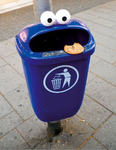 File:Cookie-monster-trash1.jpg