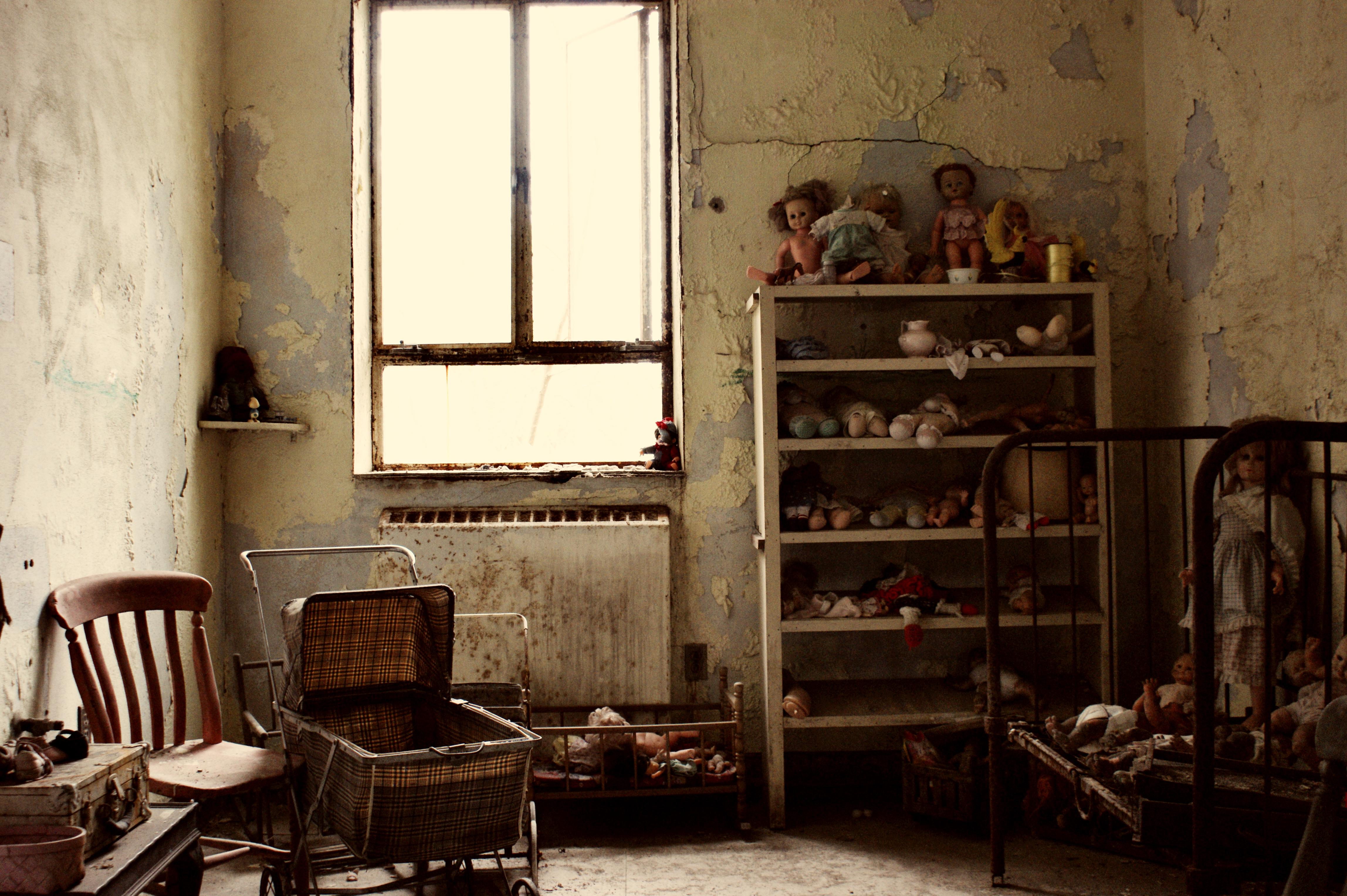 Creepy Basement Criminal Case Home Design. Creepy Living Room