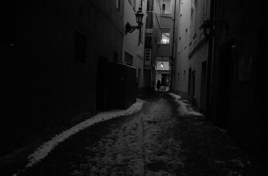 Dark_Alley_by_michaeljtr.jpg