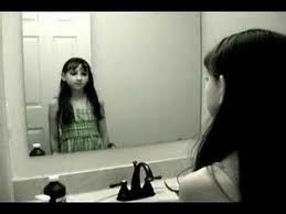File:Girl in mirror.jpg