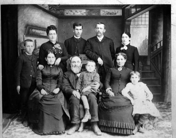 File:1889 Family Portrait.jpg