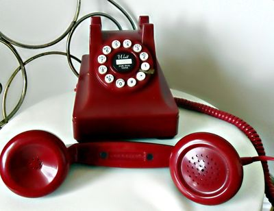 File:Red phone old.jpg