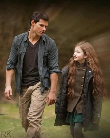 Twilight Breaking Dawn Part 2 Renesmee And Jacob