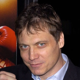 File:Holt McCallany detail.jpg