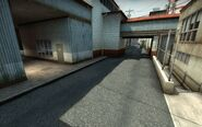 De train-csgo-side-yard-2