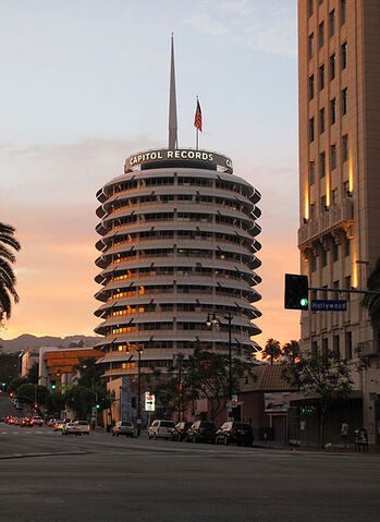File:Capitol Records sunset.jpg