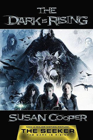 File:Darkisrisingfilmbook.jpg