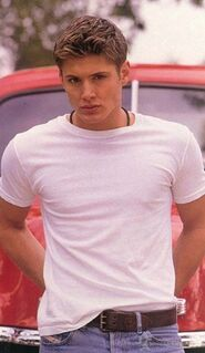Days-Of-Our-Lives-Promo-Pic-s-jensen-ackles-1279059-450-775