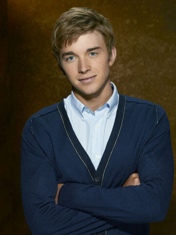 File:Days-of-our-lives-chandler-massey-5.jpg