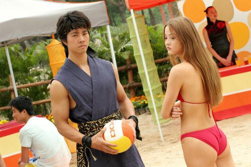 File:Kasumi bikini.jpg