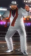DOA5 Bass Costume 5