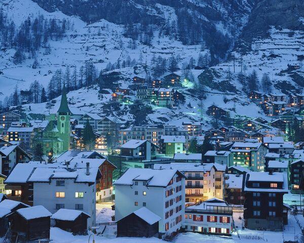 File:Switzerland.jpg