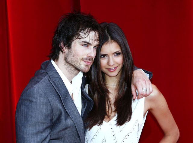 File:Nina dobrev and ian somerhalde.jpg