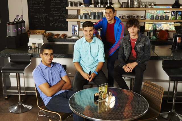 File:Degrassi 13g 02 hr.jpg
