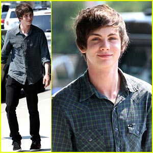 File:Logan-lerman-percy-jackson.jpg