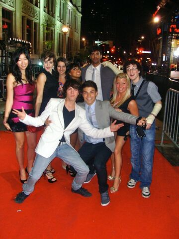 File:Eli and the gang.jpg