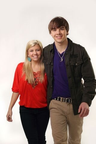 File:Jenna-and-K-C-degrassi-kc-23239836-467-700.jpg