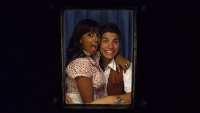 File:Alli and drew photo booth photo degrassi season 10.jpg