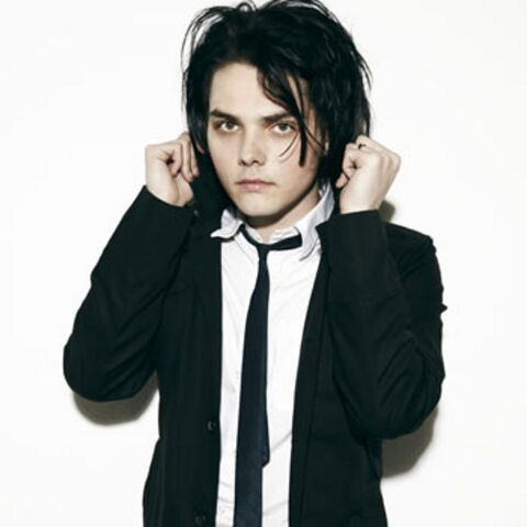 File:Gerard-way--large-msg-127060051215.jpg