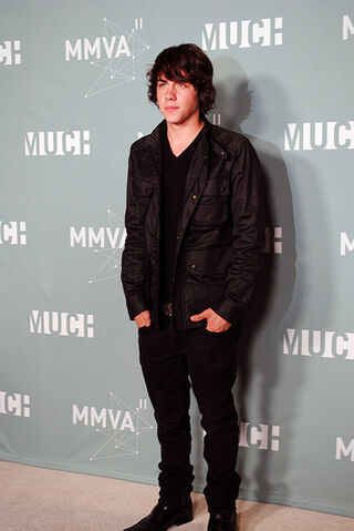 File:2011 MuchMusic Video Awards - Munro Chambers.jpg