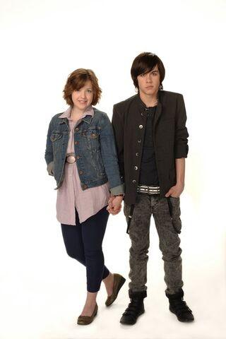 File:OMG-Clare and Eli.jpg