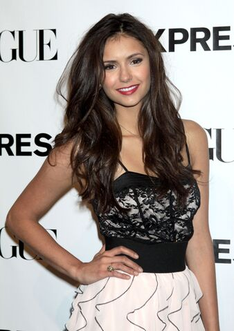 File:Nina-dobrev-dot-net event-express30thanniversaryparty-0037.jpg